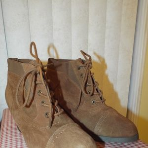 Brown Steve Madden New Shoes Size 8 Lace-up Womens